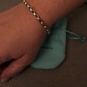 Tiffany & Co. oval link chain bracelet